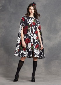 dolce-and-gabbana-cape-mantella-come-vestirsi-bene-in-autunno-inverno-2015