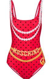 Costume-intero-rosso-a-pois-neri-con-cinture-e-collane-stampate-Moschino-2017